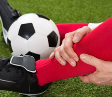 injury leg soccer player benefit sports massage